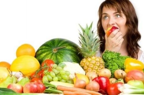 Comer-fruta-por-la-noche.jpg